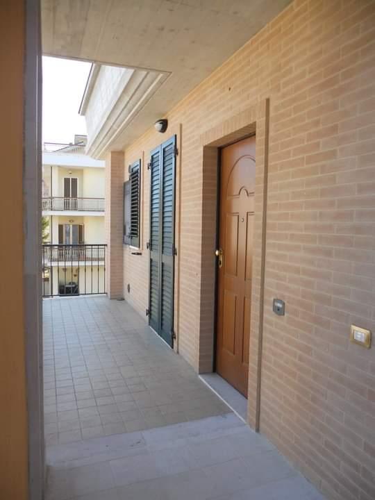 Montegranaro - palazzo 3